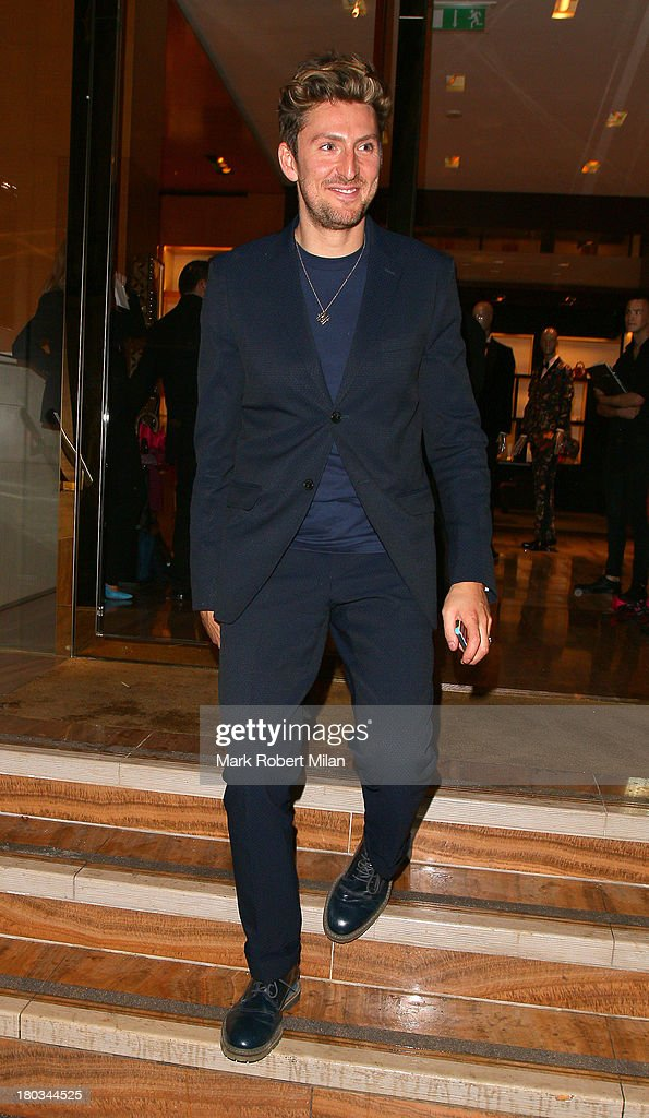 <a gi-track='captionPersonalityLinkClicked' href=/galleries/search?phrase=Henry+Holland+-+Fashion+Designer&family=editorial&specificpeople=1637233 ng-click='$event.stopPropagation()'>Henry Holland</a> attending the Louis Vuitton Dinner to celebrate the Men's Autumn Winter 2013 Collection on September 11, 2013 in London, England.