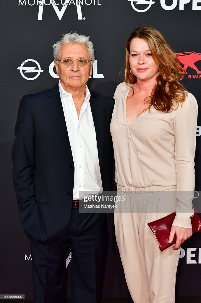 <a gi-track='captionPersonalityLinkClicked' href=/galleries/search?phrase=Henry+Huebchen&family=editorial&specificpeople=636052 ng-click='$event.stopPropagation()'>Henry Huebchen</a> and his daughter Nora during the New Faces Award Film 2015 at ewerk on May 26, 2016 in Berlin, Germany.