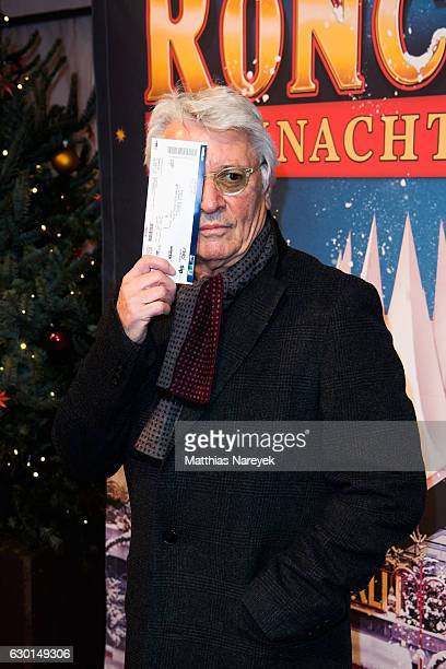 Henry Huebchen attends the 13th Roncalli Christmas at Tempodrom on December 17 2016 in Berlin Germany