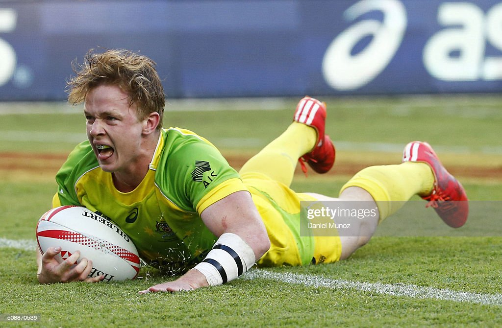 Henry Hutchison of Australia scores a try during the 20146 Sydney Sevens final match between Australia and New Zealand at Allianz Stadium on February 7, 2016 in Sydney, Australia.