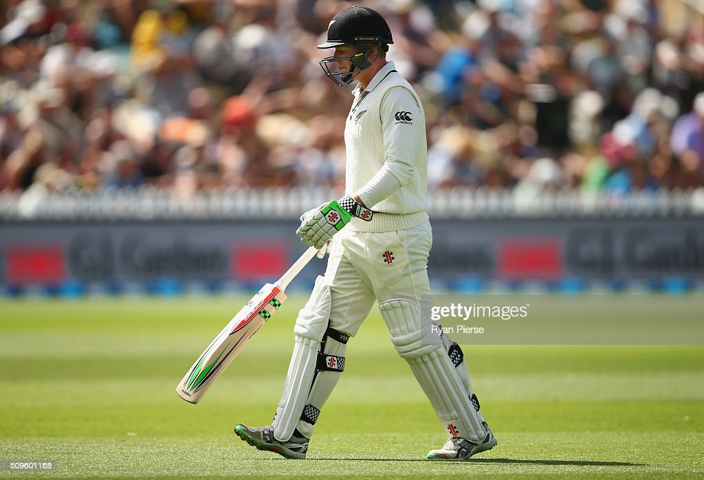 Henry Nicholls of New Zealand looks dejected after being dismissed by Peter Siddle of Australia during day one of the Test match between New Zealand and Australia at Basin Reserve on February 12, 2016 in Wellington, New Zealand.
