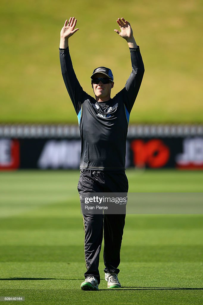 Henry Nicholls of New Zealand warms up during a New Zealand nets session at Basin Reserve on February 11, 2016 in Wellington, New Zealand.
