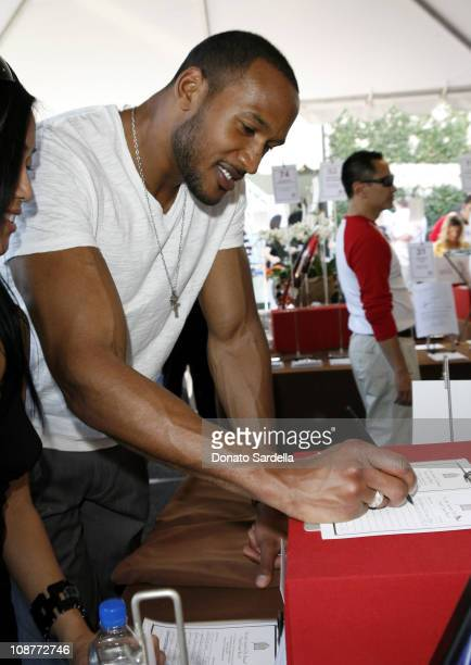 Henry Simmons during 5th Annual John Varvatos Stuart House Benefit Presented by Converse at John Varvatos Boutique in Los Angeles California United...