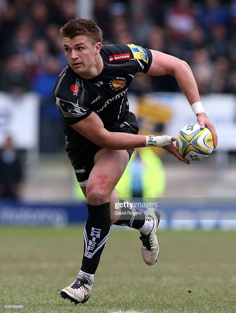 <a gi-track='captionPersonalityLinkClicked' href=/galleries/search?phrase=Henry+Slade+-+Rugby+Player&family=editorial&specificpeople=13834974 ng-click='$event.stopPropagation()'>Henry Slade</a> of Exeter runs with the ball during the Aviva Premiership match between Exeter Chiefs and Wasps at Sandy Park on May 1, 2016 in Exeter, England.