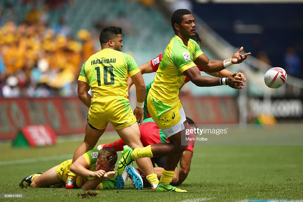 <a gi-track='captionPersonalityLinkClicked' href=/galleries/search?phrase=Henry+Speight&family=editorial&specificpeople=4388674 ng-click='$event.stopPropagation()'>Henry Speight</a> of Australia passes during the 20146 Sydney Sevens match between Australia and Portugal at Allianz Stadium on February 6, 2016 in Sydney, Australia.
