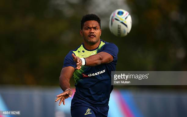 Henry Speight of Australia passes the ball during a training session at The Lensbury Hotel on October 20 2015 in London United Kingdom