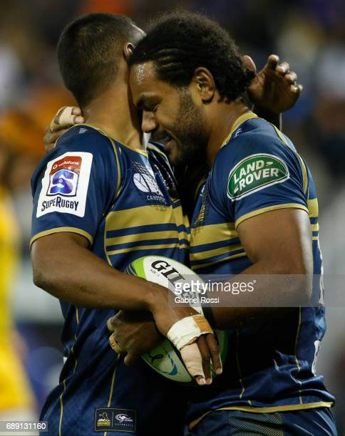 Henry Speight of Brumbies celebrates after scoring a try during a match between Jaguares and Brumbies as part of Super Rugby Rd 14 at Jose Amalfitani...
