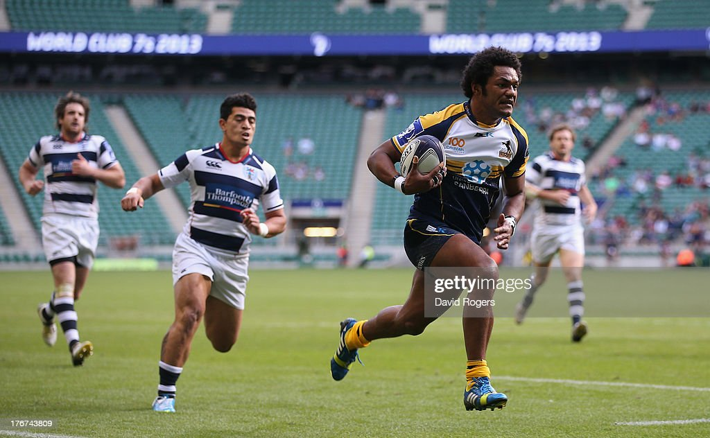 Henry Speight of the Brumbies breaks clear to score the match winning try against Auckland to win the World Club 7's Cup during the World Club 7's at Twickenham Stadium on August 18, 2013 in London, England.