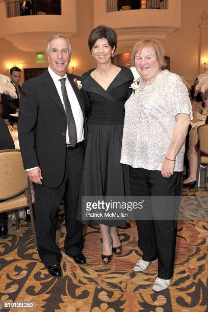Henry Winkler Beth Quillen Thomas and Lin Oliver attend JUNIOR LEAGUE LEGACY BALL HONORING HENRY WINKLER at Montage Hotel on March 6 2010 in Beverly...