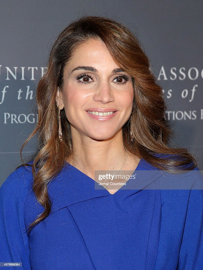 Her Majesty Queen Rania Al Abdullah attends the 2014 Global Leadership Dinner at Cipriani 42nd Street on October 22, 2014 in New York City.