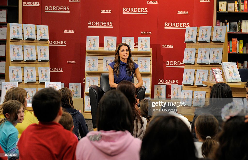 Her Majesty Queen Rania Al Abdullah of Jordan reads her new book 'The Sandwich Swap' to local school children at Borders Books & Music, Columbus Circle on April 27, 2010 in New York City.