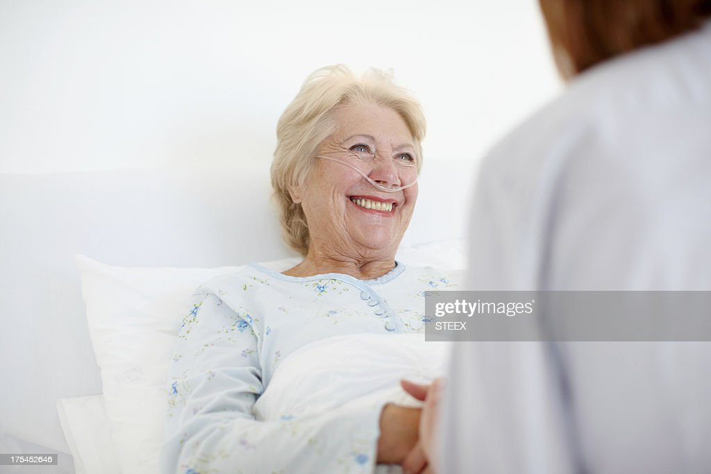 Her positive outlook helps with the healing - Senior Care : Stock Photo