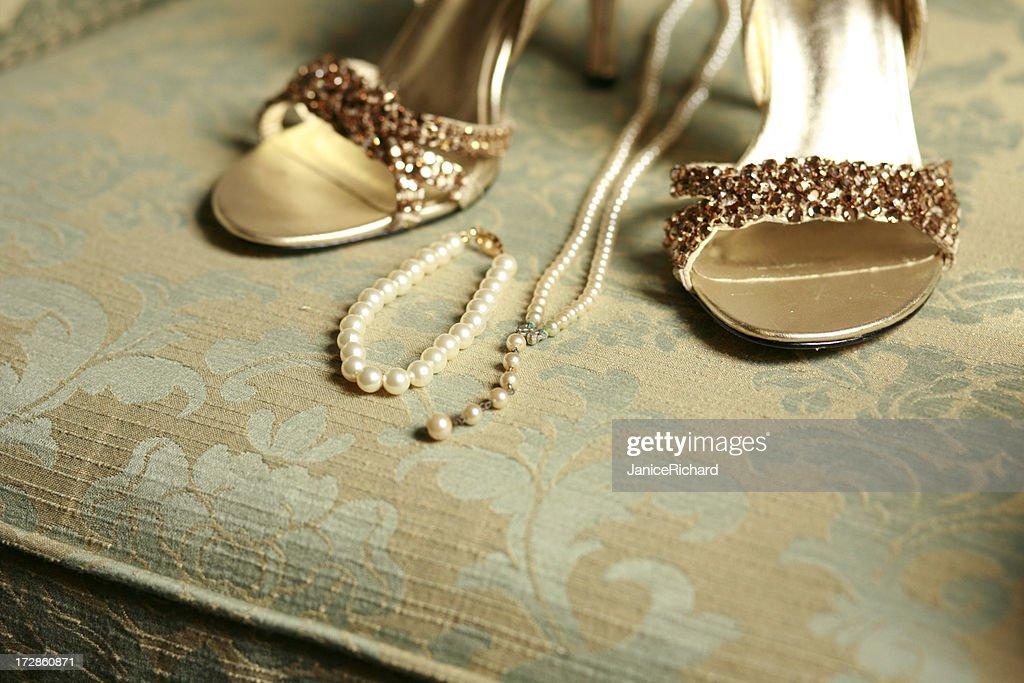 Her Wedding Things