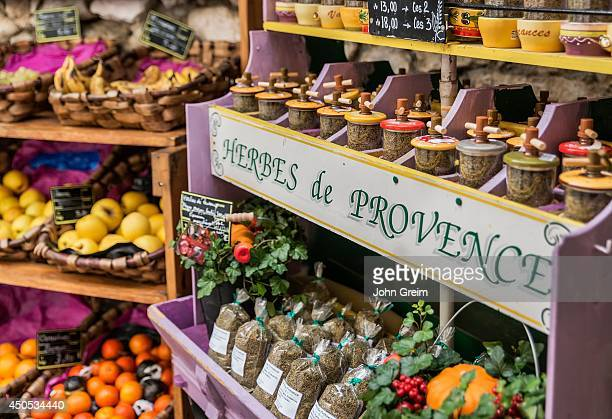 Herb and produce vendor stand