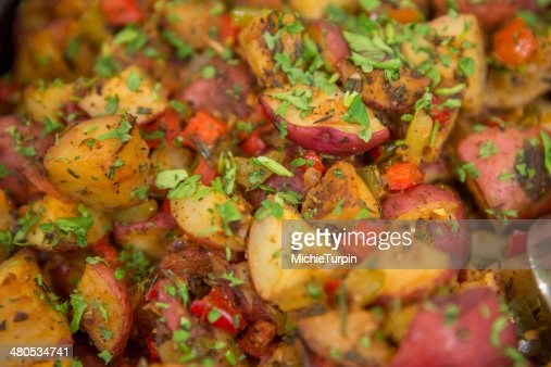 Herb Roasted Red Potatoes : Stockfoto