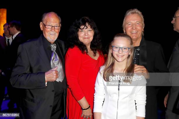 Herbert Koefer his wife Heike Koefer Hartmut SchulzeGerlach and his daughter Finja attend the Goldene Henne on October 13 2017 in Leipzig Germany