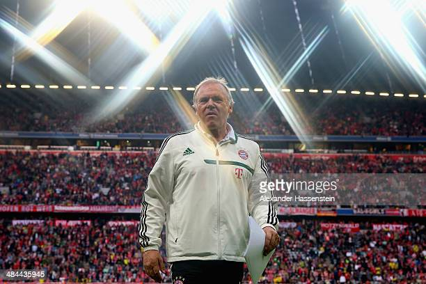 Hermann Gerland assistent coach of Muenchen looks on during the Bundesliga match between FC Bayern Muenchen and BVB Borussia Dortmund at Allianz...