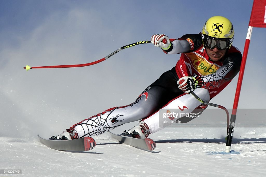 <a gi-track='captionPersonalityLinkClicked' href=/galleries/search?phrase=Hermann+Maier&family=editorial&specificpeople=202464 ng-click='$event.stopPropagation()'>Hermann Maier</a> SkifahrerÖsterreichin Aktion- 2004