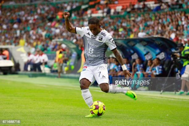Hernan Burbano of Leon kicks the ball during the 15th round match between Leon and Puebla as part of the Torneo Clausura 2017 Liga MX at Nou Camp...