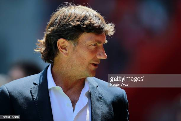 Hernan Cristante coach of Toluca looks on during the fifth round match between Toluca and Necaxa as part of the Torneo Apertura 2017 Liga MX at...
