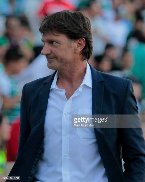 Hernando Cristante coach of Toluca looks on during the 17th round match between Santos Laguna and Toluca as part of the Torneo Clausura 2017 Liga MX...