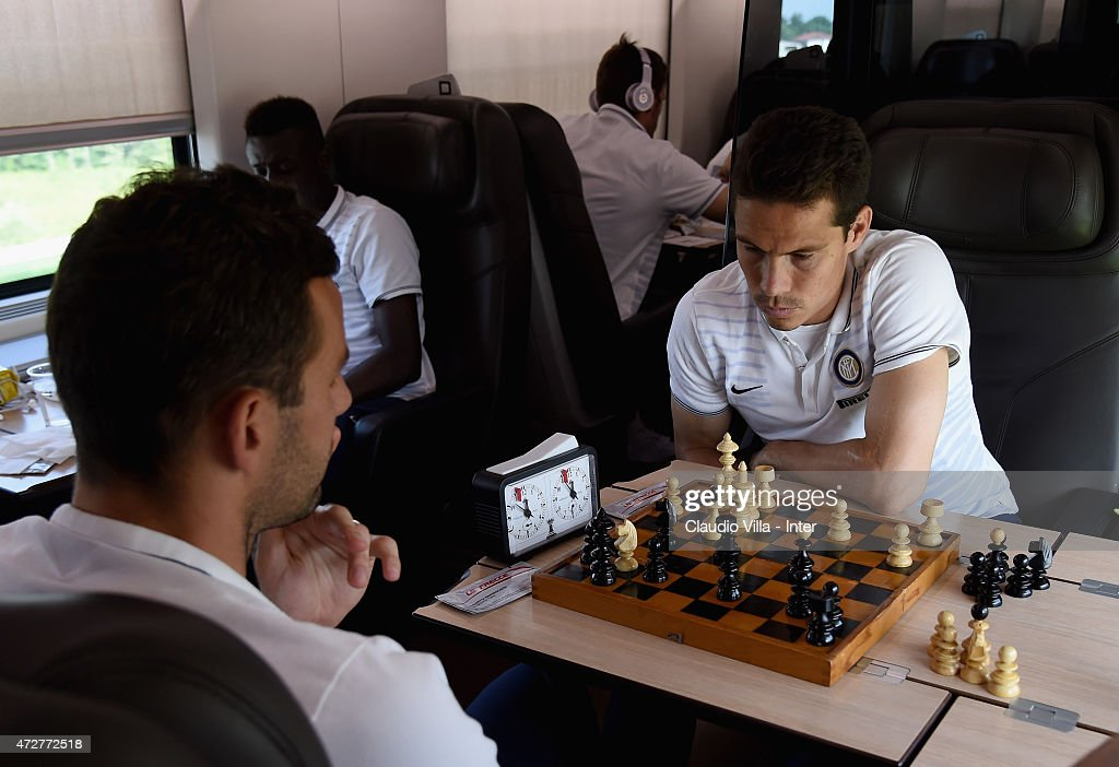 Hernanes (R) and Samir Handanovic of FC Internazionale depart to Rome on May 9, 2015 in Milano, Italy.