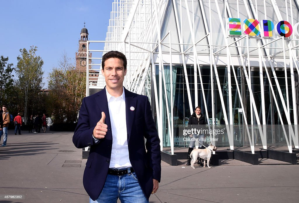 <a gi-track='captionPersonalityLinkClicked' href=/galleries/search?phrase=Hernanes&family=editorial&specificpeople=4522139 ng-click='$event.stopPropagation()'>Hernanes</a> during FC Internazionale Press Conference at Expo Gate on October 28, 2014 in Milan, Italy.