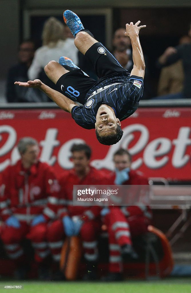 <a gi-track='captionPersonalityLinkClicked' href=/galleries/search?phrase=Hernanes&family=editorial&specificpeople=4522139 ng-click='$event.stopPropagation()'>Hernanes</a> of FC Internazionale celebrates after scoring his team's second goal during the Serie A match between FC Internazionale Milano and Atalanta BC at Stadio Giuseppe Meazza on September 24, 2014 in Milan, Italy.