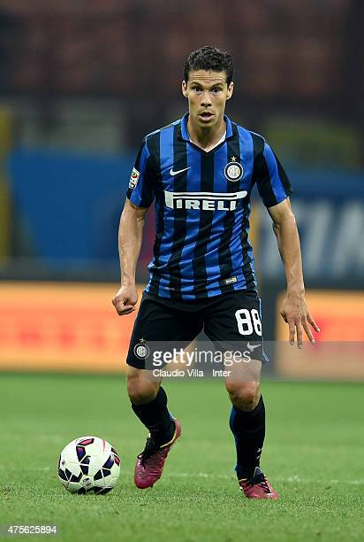 Hernanes of FC Internazionale in action during the Serie A match between FC Internazionale Milano and Empoli FC at Stadio Giuseppe Meazza on May 31...