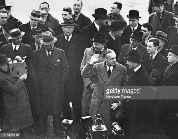Image result for Joachim von Ribbentrop saluts king 1937