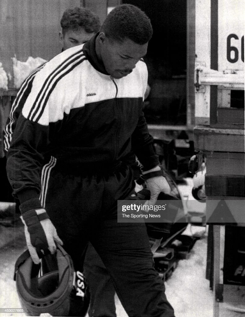 Walker (MN) United States  city photo : Herschel Walker of the UNited States walks away after a practice run ...