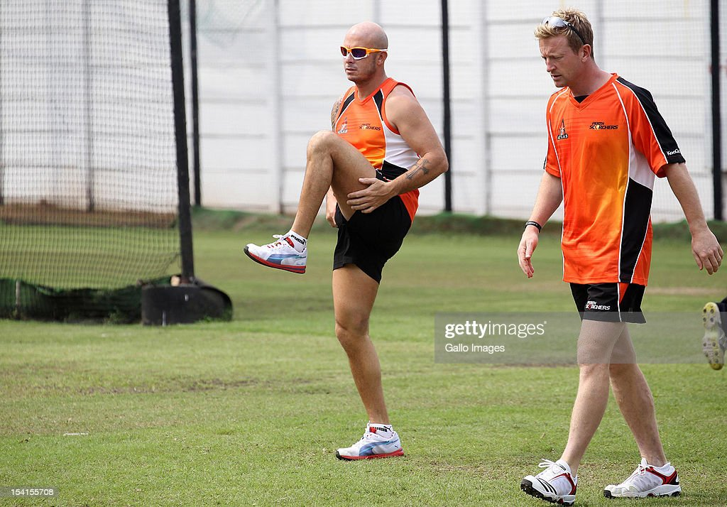 <a gi-track='captionPersonalityLinkClicked' href=/galleries/search?phrase=Herschelle+Gibbs&family=editorial&specificpeople=193820 ng-click='$event.stopPropagation()'>Herschelle Gibbs</a> and <a gi-track='captionPersonalityLinkClicked' href=/galleries/search?phrase=Paul+Collingwood&family=editorial&specificpeople=204191 ng-click='$event.stopPropagation()'>Paul Collingwood</a> of Perth Scorchers attend a training session during the Champions League Twenty20 at Sahara Park Kingsmead on October 15, 2012 in Durban, South Africa.