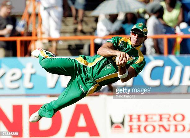 Herschelle Gibbs drops Stephen Fleming on 36 during the ICC Cricket World Cup 2007 Super Eight match between New Zealand and South Africa at the...
