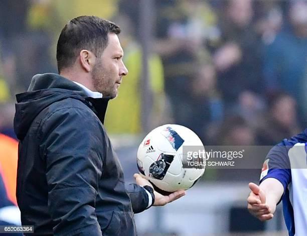 Hertha Berlin's Hungarian head coach Pal Dardai reacts during the German First division Bundesliga football match of Hertha Berlin vs Borussia...