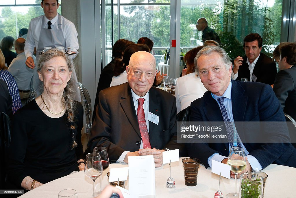 Herve Bourges sitting between his wife Marie and journalist William Leymergie during the 'France Television' Lunch during Day Nine of the 2016 French Tennis Open at Roland Garros on May 30, 2016 in Paris, France.
