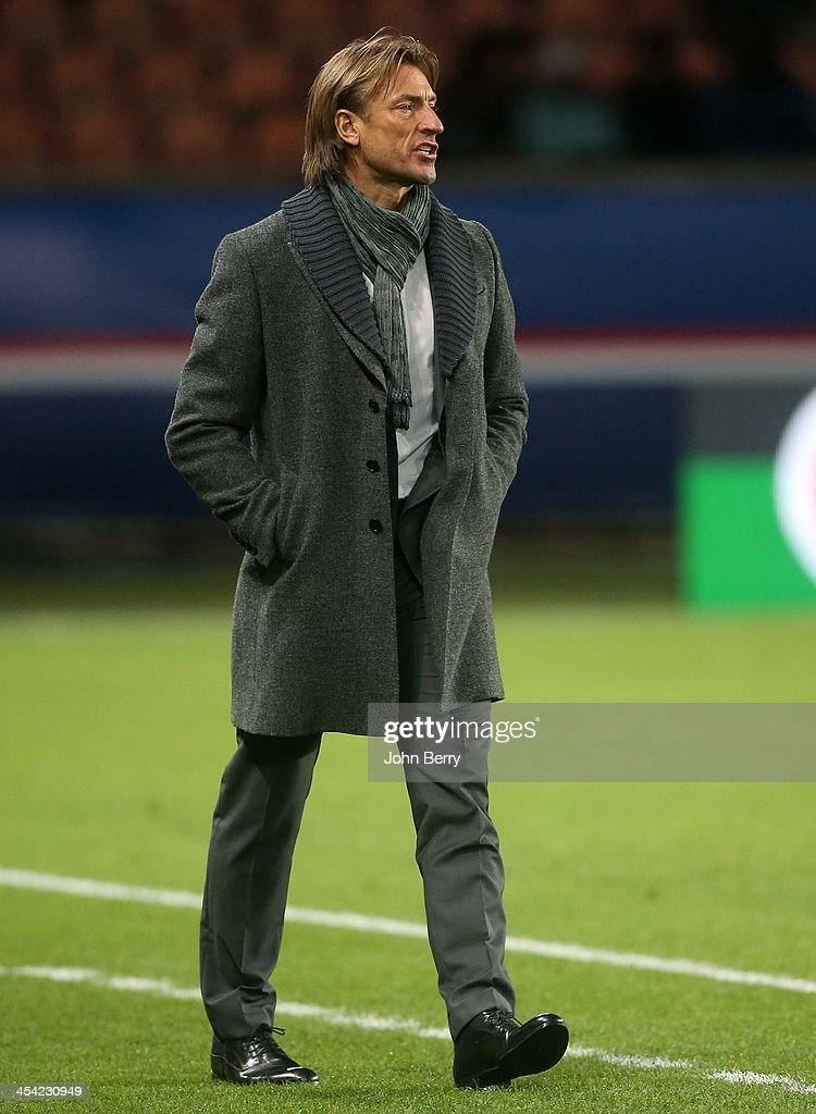 <a gi-track='captionPersonalityLinkClicked' href=/galleries/search?phrase=Herve+Renard&family=editorial&specificpeople=2789238 ng-click='$event.stopPropagation()'>Herve Renard</a>, coach of Sochaux looks on during the french Ligue 1 match between Paris Saint-Germain FC and FC Sochaux Montbeliard at the Parc des Princes stadium on December 7, 2013 in Paris, France.