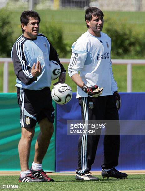 Argentine goalkeeper Roberto Abbondanzieri and assitant and former national team goalkeeper Ubaldo Fillol watch players at HerzogsPark training camp...