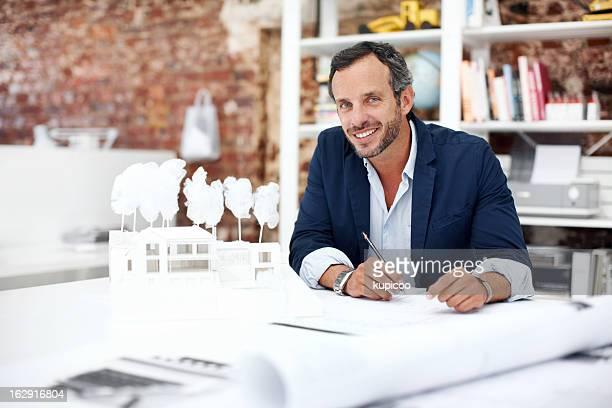 Er ist ein talentiertes Architekten