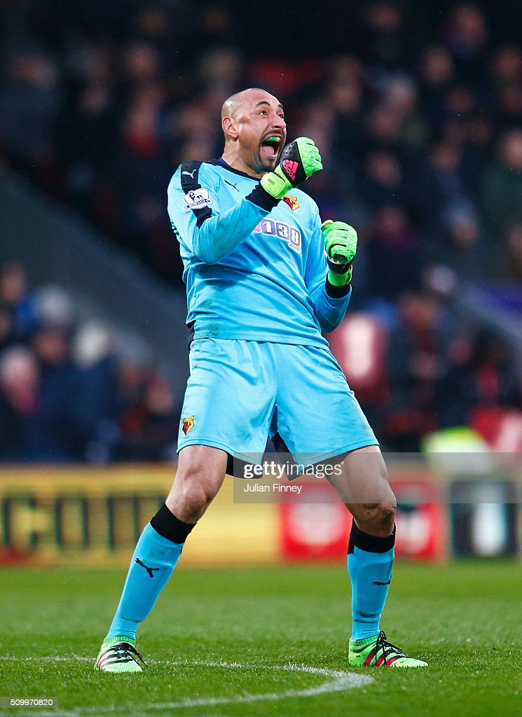 Heurelho Gomes of Watford celebrates his team's second goal during the Barclays Premier League match between Crystal Palace and Watford at Selhurst Park on February 13, 2016 in London, England.