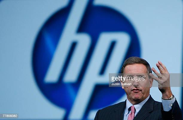 HewlettPackard CEO Mark Hurd delivers a keynote address at the 2007 Oracle Open World conference November 12 2007 in San Francisco California Oracle...