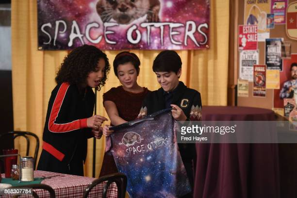 MACK 'Hey Who Wants Pizza' Andi encourages Bowie to plan a future with Bex Cyrus introduces his girlfriend Iris to Andi and Buffy and Jonah invites...