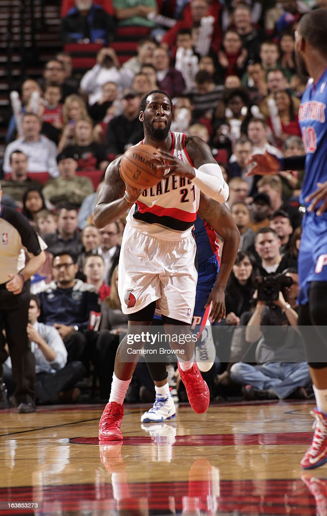 J.J. Hickson #21 of the Portland Trail Blazers passes the ball during the game between the Detroit Pistons and the Portland Trail Blazers on March 16, 2013 at the Rose Garden Arena in Portland, Oregon.