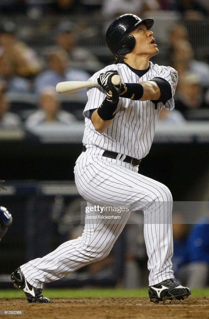 <a gi-track='captionPersonalityLinkClicked' href=/galleries/search?phrase=Hideki+Matsui&family=editorial&specificpeople=157483 ng-click='$event.stopPropagation()'>Hideki Matsui</a> #55 of the New York Yankees flies out against the Kansas City Royals during the game on September 29, 2009 at Yankee Stadium in the Bronx borough of New York City.
