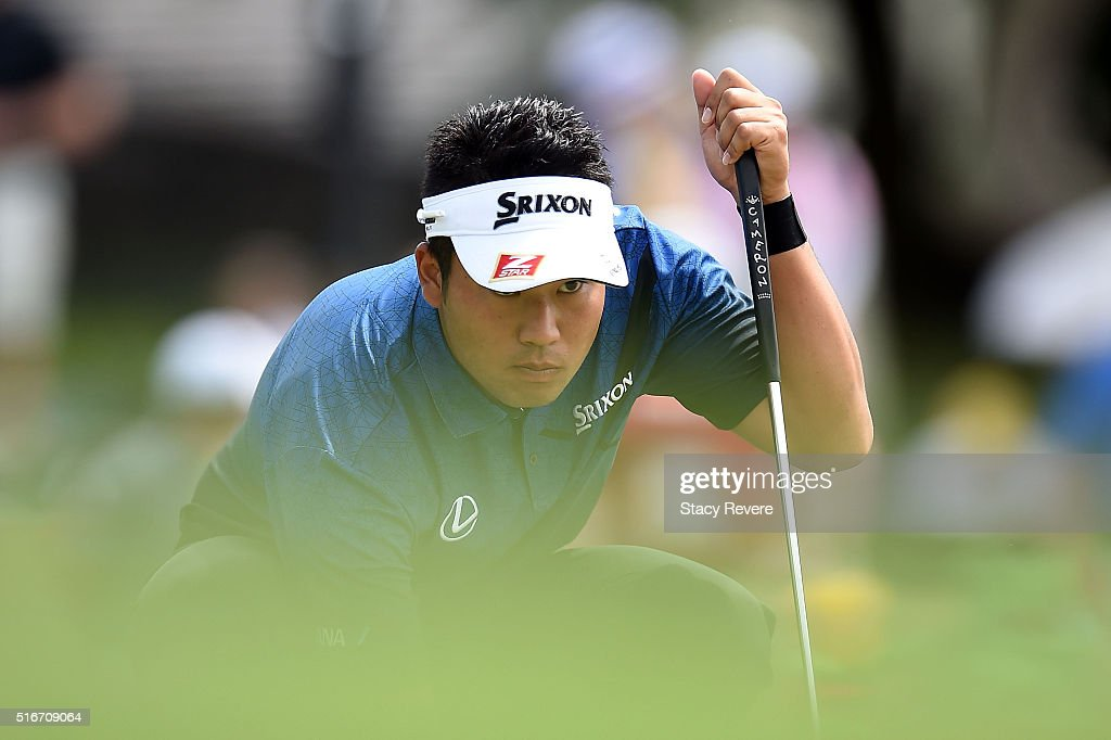 <a gi-track='captionPersonalityLinkClicked' href=/galleries/search?phrase=Hideki+Matsuyama&family=editorial&specificpeople=5566852 ng-click='$event.stopPropagation()'>Hideki Matsuyama</a> of Japan lines up a putt on the second green during the final round of the Arnold Palmer Invitational Presented by MasterCard at Bay Hill Club and Lodge on March 20, 2016 in Orlando, Florida.