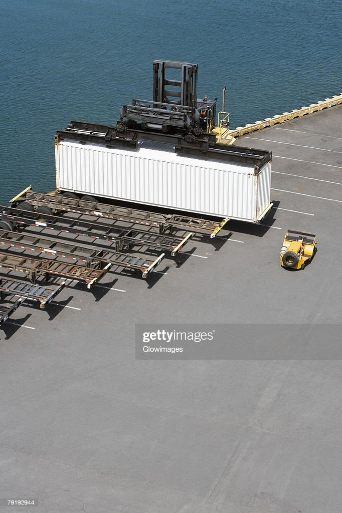 High angle view of a cargo container at a commercial dock : Foto de stock