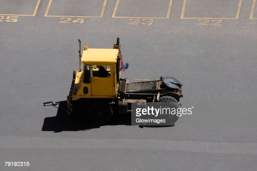 High angle view of a forklift at a commercial dock : Foto de stock