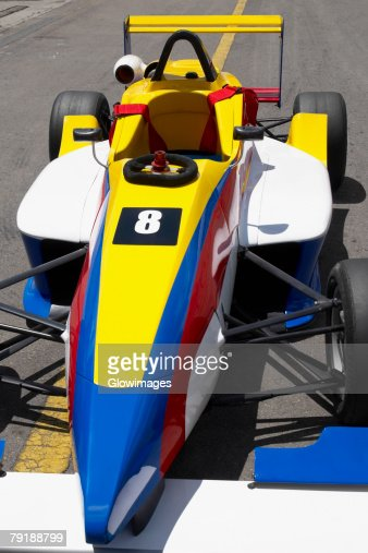 High angle view of a racecar on a motor racing track : Foto de stock