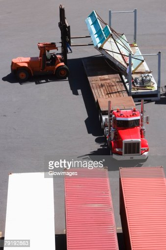 High angle view of cargo containers at a commercial dock : Foto de stock
