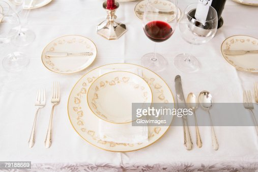 High angle view of place setting for a dinner party : Foto de stock