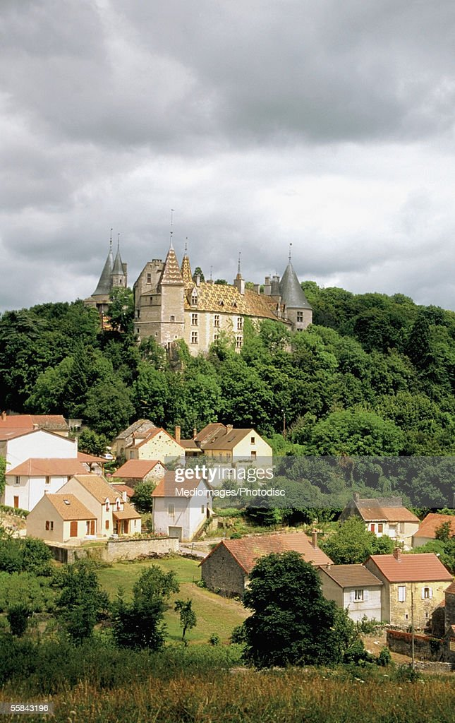 High angle view of the Chateau De La Rochepot Castle, Cote D'Or, Burgundy, Bourgogne, France : Stock Photo